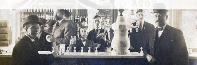 Samuel Fahnestock invents first soda fountain