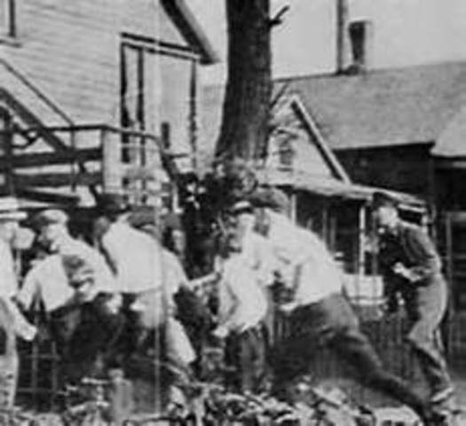 race riots 1900 1925 This sample race riots, 1900-1910 essay is published for informational purposes only free essays and research papersread more here.