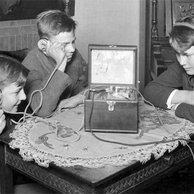 History Of Radio- Morgan Burks timeline