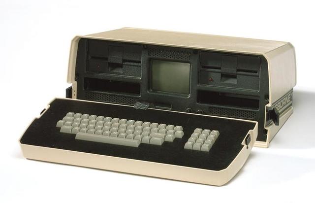 "primer microcomputadora ""portatil"" o "" laptop"""