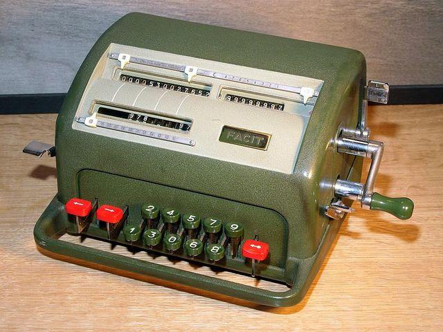 Surgen las calculadoras electronicas