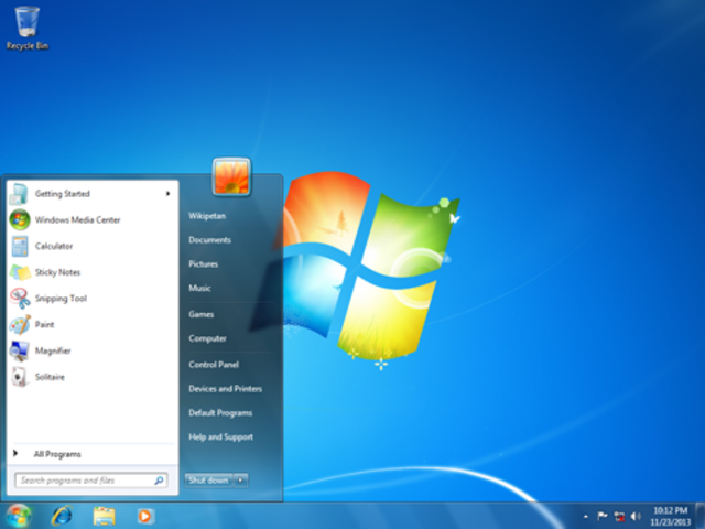 se lanza el sucesor de Windows Vista, Windows 7