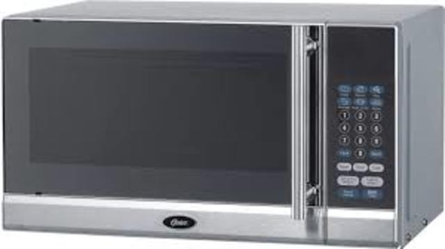 A Modern Microwave and How it Works