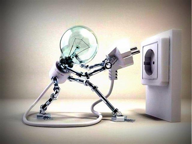 Третья информационная революция, (конец XIX века) -   открытие свойств электрического тока,