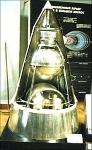 """Запуск второго искусственного спутника Земли """"Спутник-2"""""""