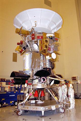 """Станция """"Кассини"""" стала первым искусственным спутником Сатурна"""