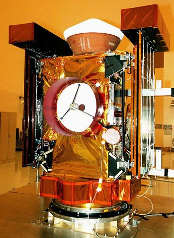 """Станция """"Стардаст"""" доставила на Землю образцы кометы Вильда-2"""