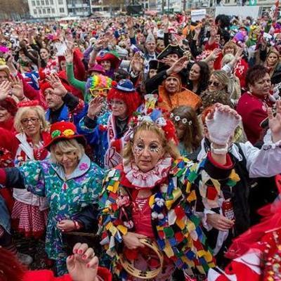 Astrid Karneval in Köln timeline