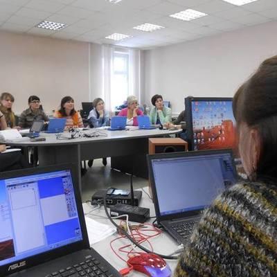 Вебинар о работе с лингафонным классом timeline