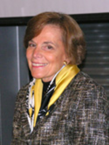 Sylvia Earle speaks at council event.