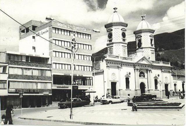 HISTORIA UNIVERSIDAD DE PAMPLONA