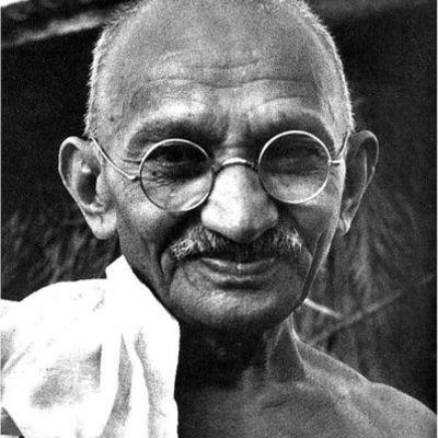 The life of Mahatma Gandhi timeline