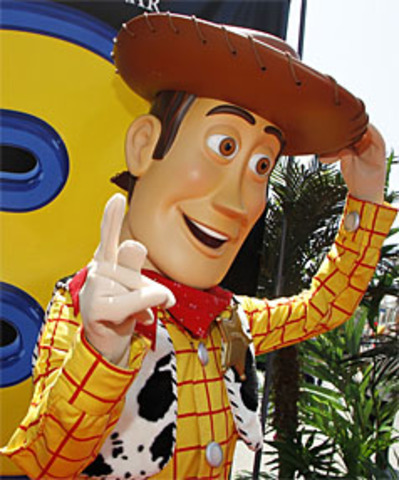 Toy Story 3 breaks box office records (international)