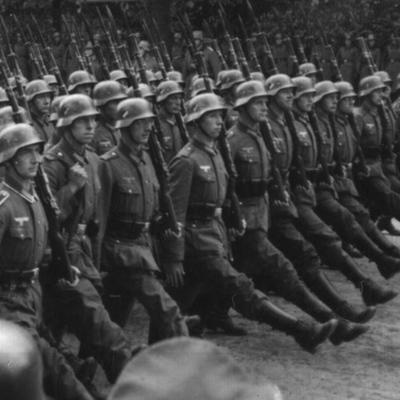 L'ascens dels feixismes timeline