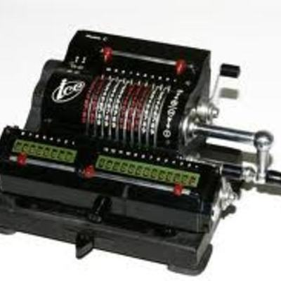 Calculadora Mecánica timeline