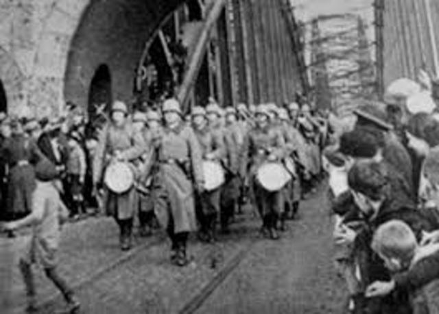 causes of the world war ii the treaty of versailles and hitlers greed World war i is responsible for the following  ii consideration of the  defensive action against the execution of the treaty of versailles (from the end of the.