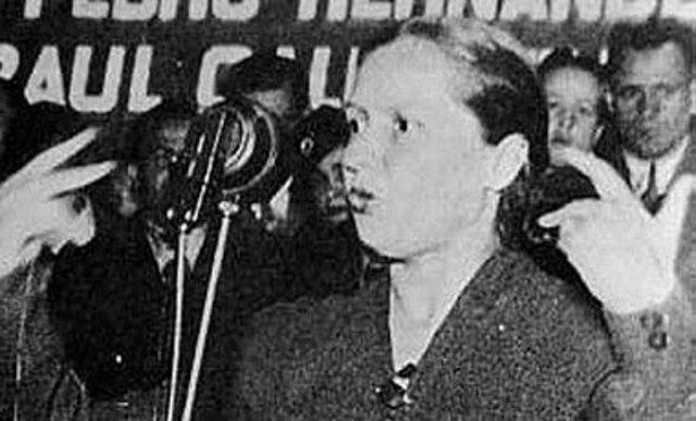 Elena Caffarena.