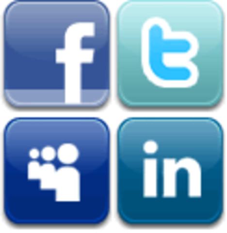 se lanzan las 3 redes sociales Facebook,myspace,likedin