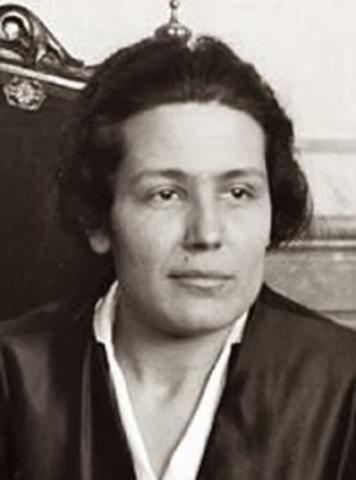 Victoria Kent Siano.
