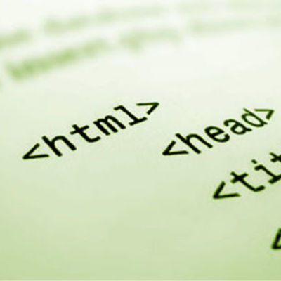 Historia de HTML by Heidi Romero timeline
