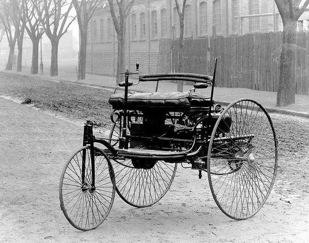 Patente del primer automóvil a gasolina.