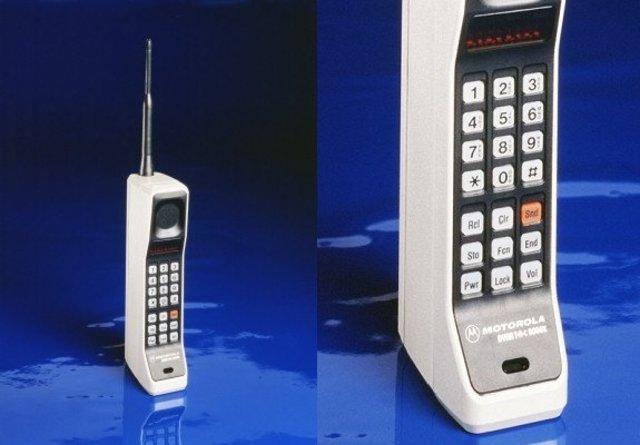 Motorola's DynaTAC cellular phone