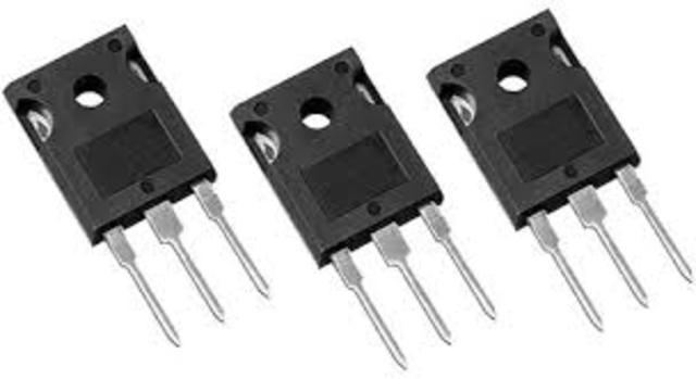 Segunda Generación (1958 a 1963) Uso de transistores
