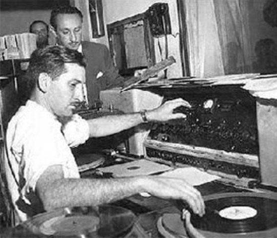 No Brasil, Edgard Roquette-Pinto instalou a Rádio-Escola Municipal no Rio de Janeiro.