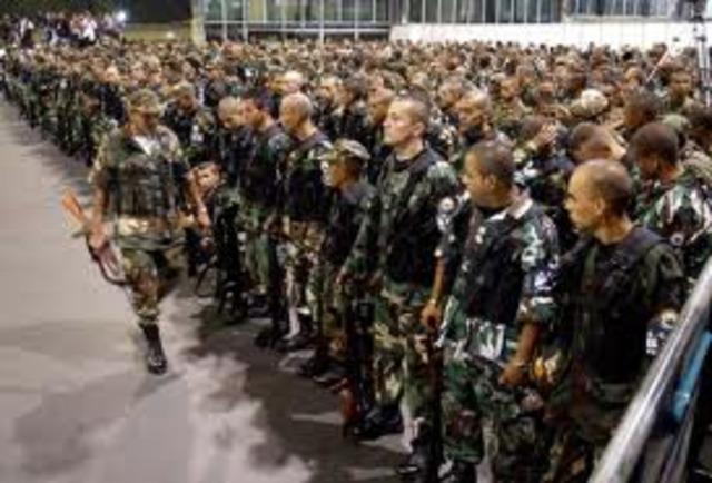 Surgen los Paramilitares
