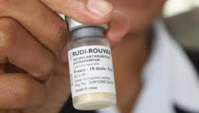 Se pone a disposición una vacuna contra el sarampión.