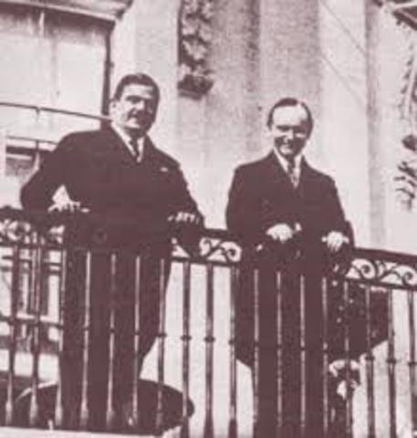 En 1927 se enlazó la primera confrencia entre Mexico y EU.