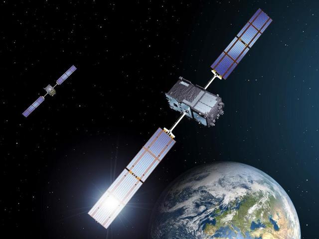 En 1985 son lanzados los primeros satélites mexicanos.