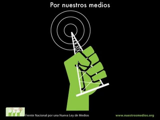 Se expide la Ley Federal de Radio y Televisión