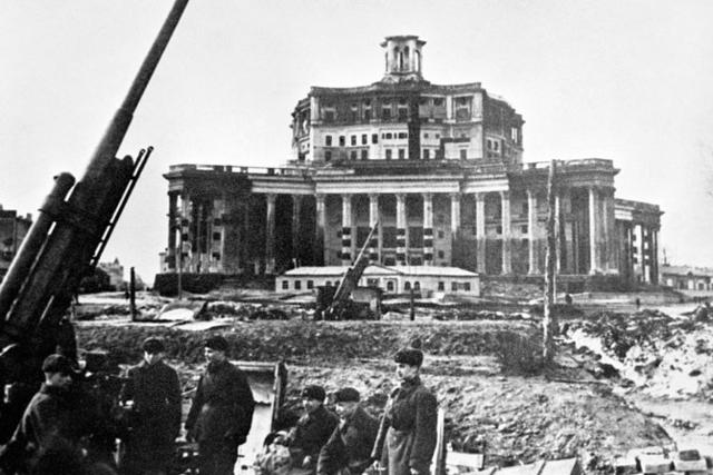 Las tropas rusas recuperan la ciudad de Kaliningrado (Rusia)