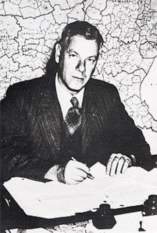 Hendrik Verwoerd takes Office