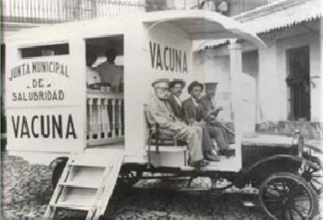 Fundación del primer centro vacunal