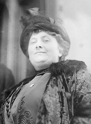 Maria Tecla Artemisia Montessori (1870 - 1952) fue una educadora, pedagoga, científica, médica, psiquiatra, filósofa, antropóloga, bióloga, psicóloga, devota católica, feminista y humanista italiana.