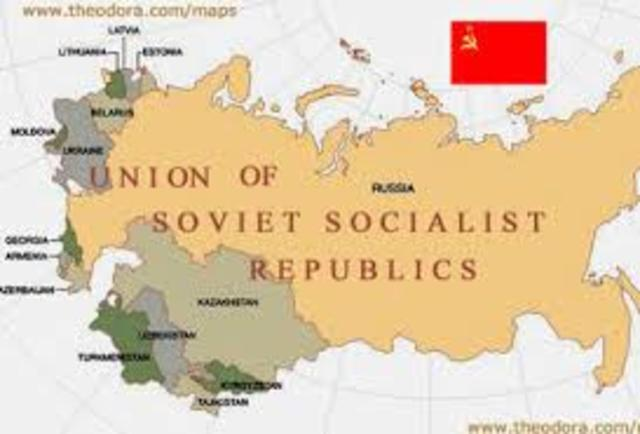 why the bolsheviks won the russian civil war history essay Why did the bolsheviks win the russian civil war the russian civil war raged from 1918 until the start of 1921 during this time the bolsheviks faced massive opposition to their rule in the form of the white armies, led by the former officers of the tsarist state, and also from intervention by the forces of foreign countries.