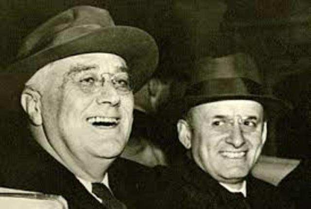 FDR and Henry Morgenthau Jr. have a meeting