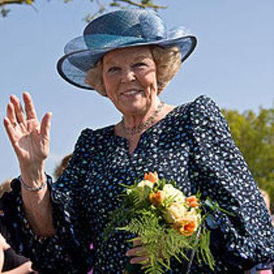 Queen Beatrix timeline