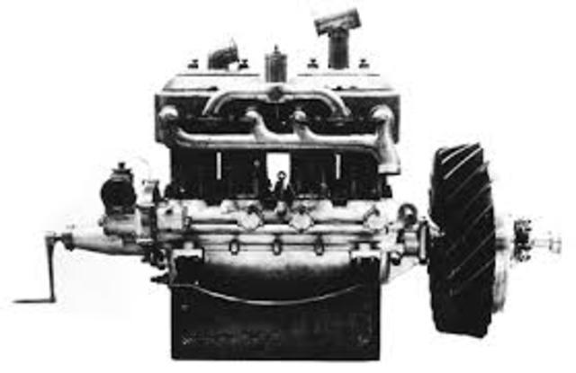Primer motor de combustión interna de cuatro tiempos
