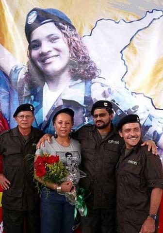 Para Piedad Córdoba, la guerra va a continuar