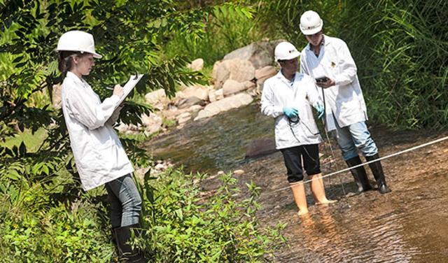 Estabilidad y evolución de enseñanzas para la ingeniería ambiental