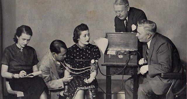 Resultado de imagen para 1921 Detector de mentiras Larsen, John Dinamarca