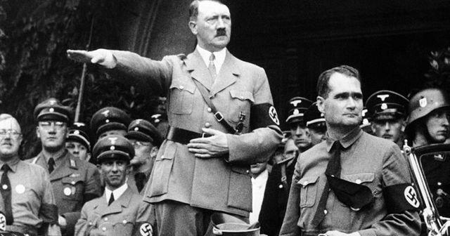 Hitler threatens Jews during Reichstag speech