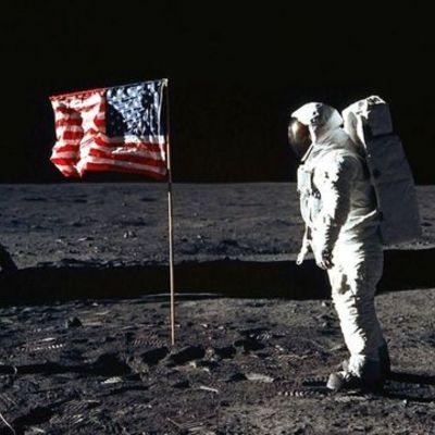 Månelandingen timeline