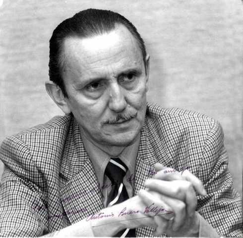 Antonio Buero