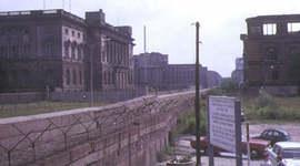 Chronologie der Berliner Mauer timeline