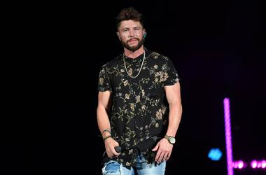 Chris Lane performs at Coral Sky Amphitheatre