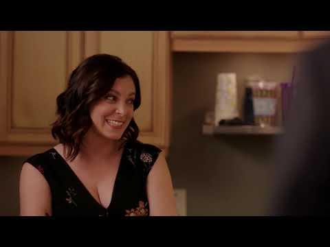 Crazy Ex-Girlfriend Season 3 Gag Reel (NSFW) thumbnail